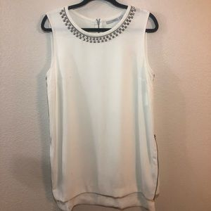 NWT Halogen studded top, size large